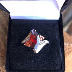 Jewelry - VINTAGE GARNET